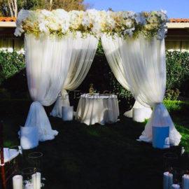 Арка для свадебной церемонии в Грузии
