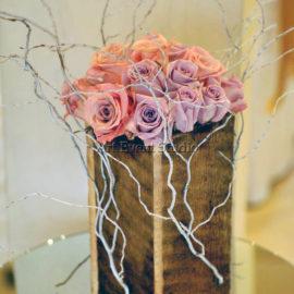 Оригинальный декор из роз в Грузии